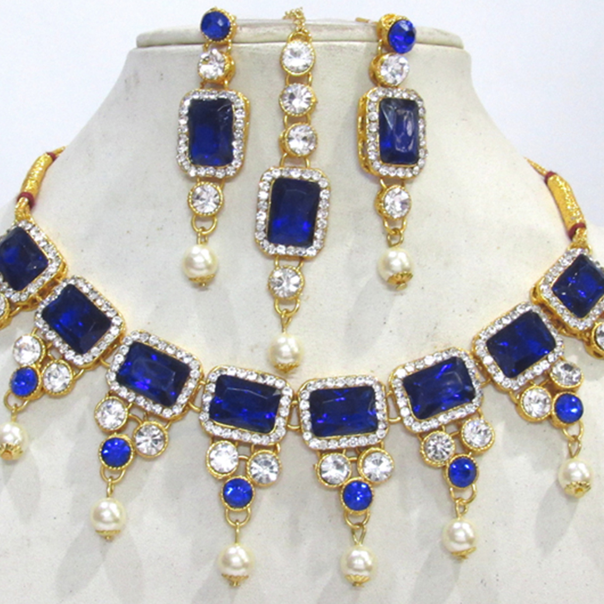Beautiful Dark Blue Colored Square Stone Pearl Drop Necklace Set
