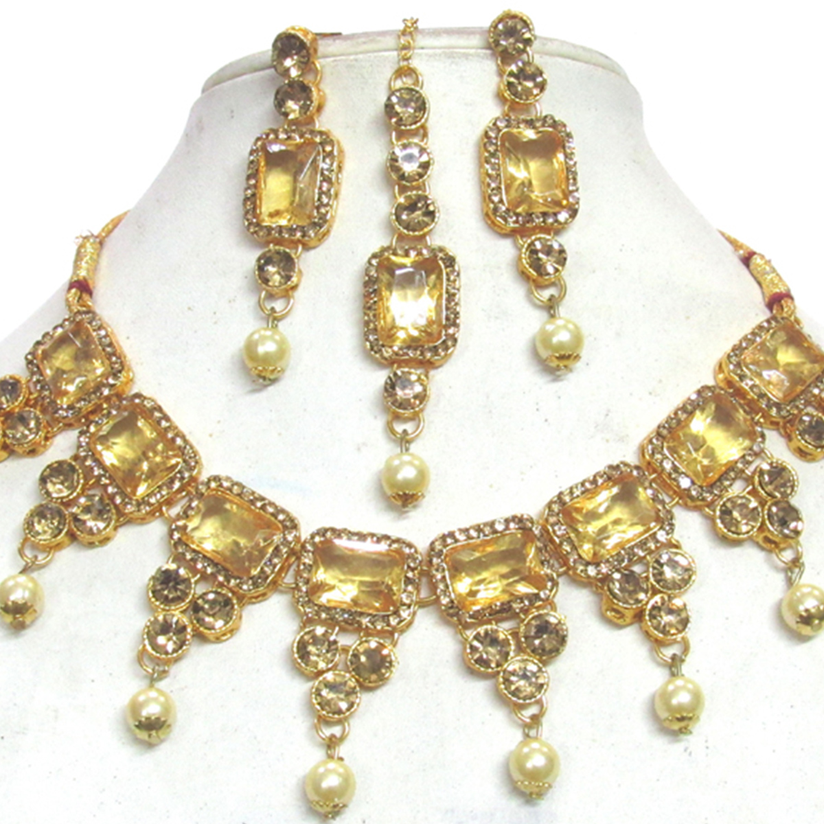 Beautiful Golden Colored Square Stone Pearl Drop Necklace Set