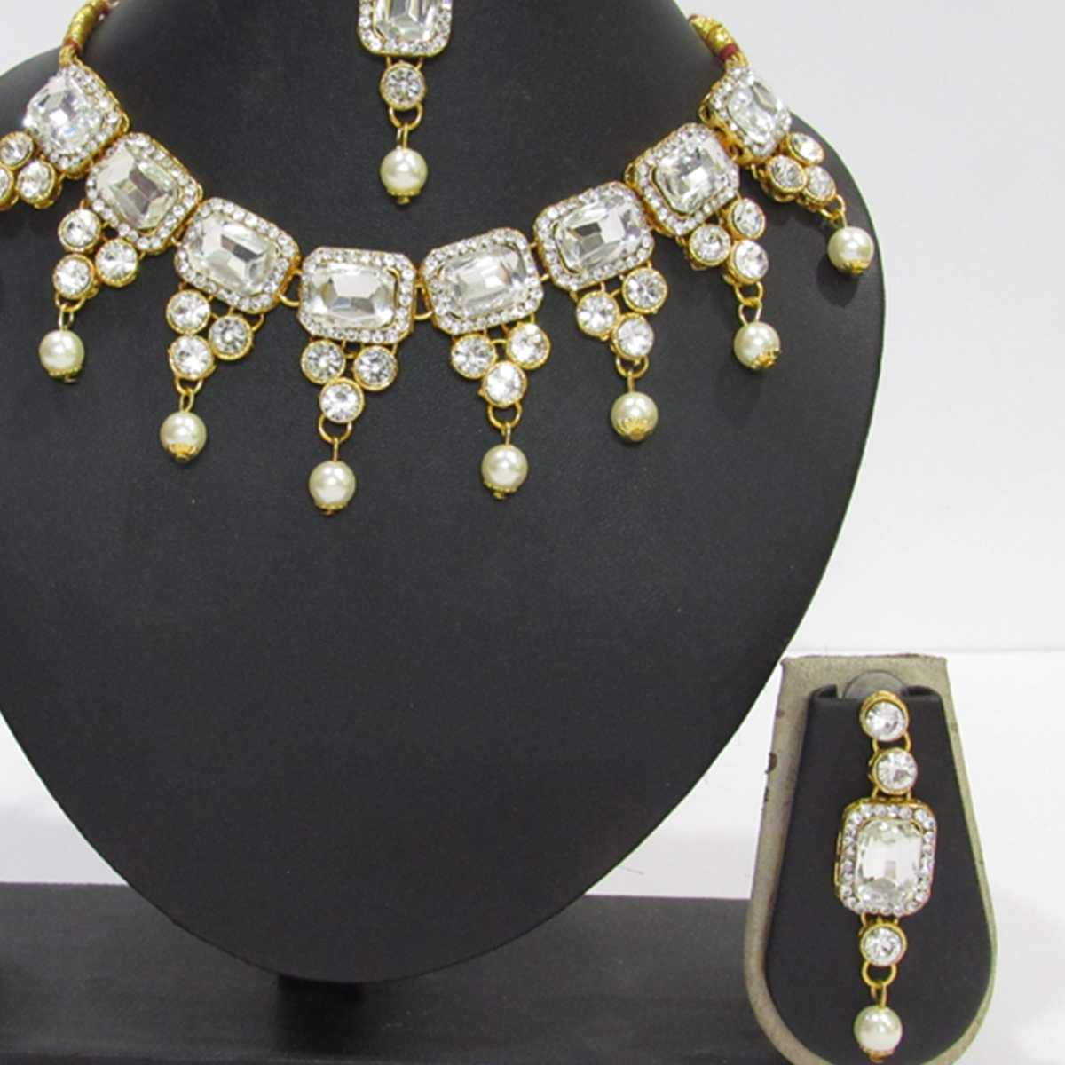 Beautiful White Colored Square Stone Pearl Drop Necklace Set