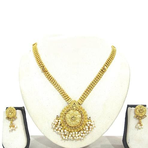 Golden Colored Stone Round Pendant Ghungaru Necklace Set