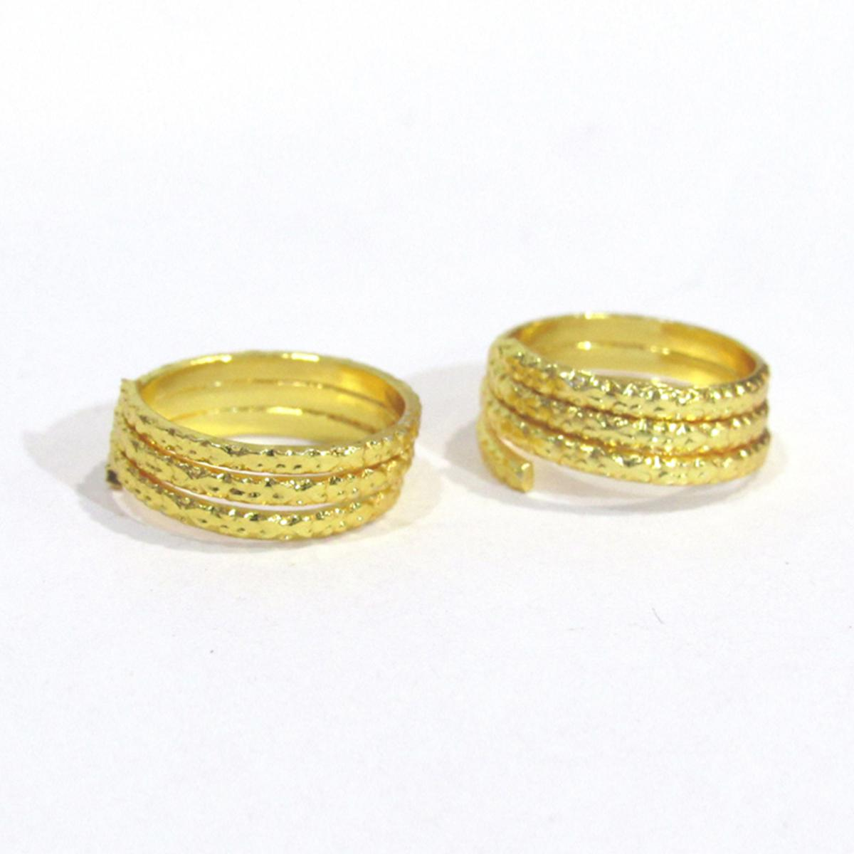 Golden Colored 3 Round Toe Rings Set Of 2