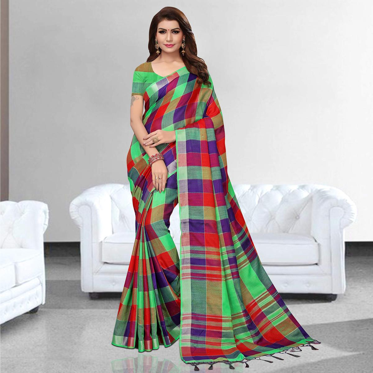 Groovy Red - Green Colored Festive Wear Printed Pure Linen Saree