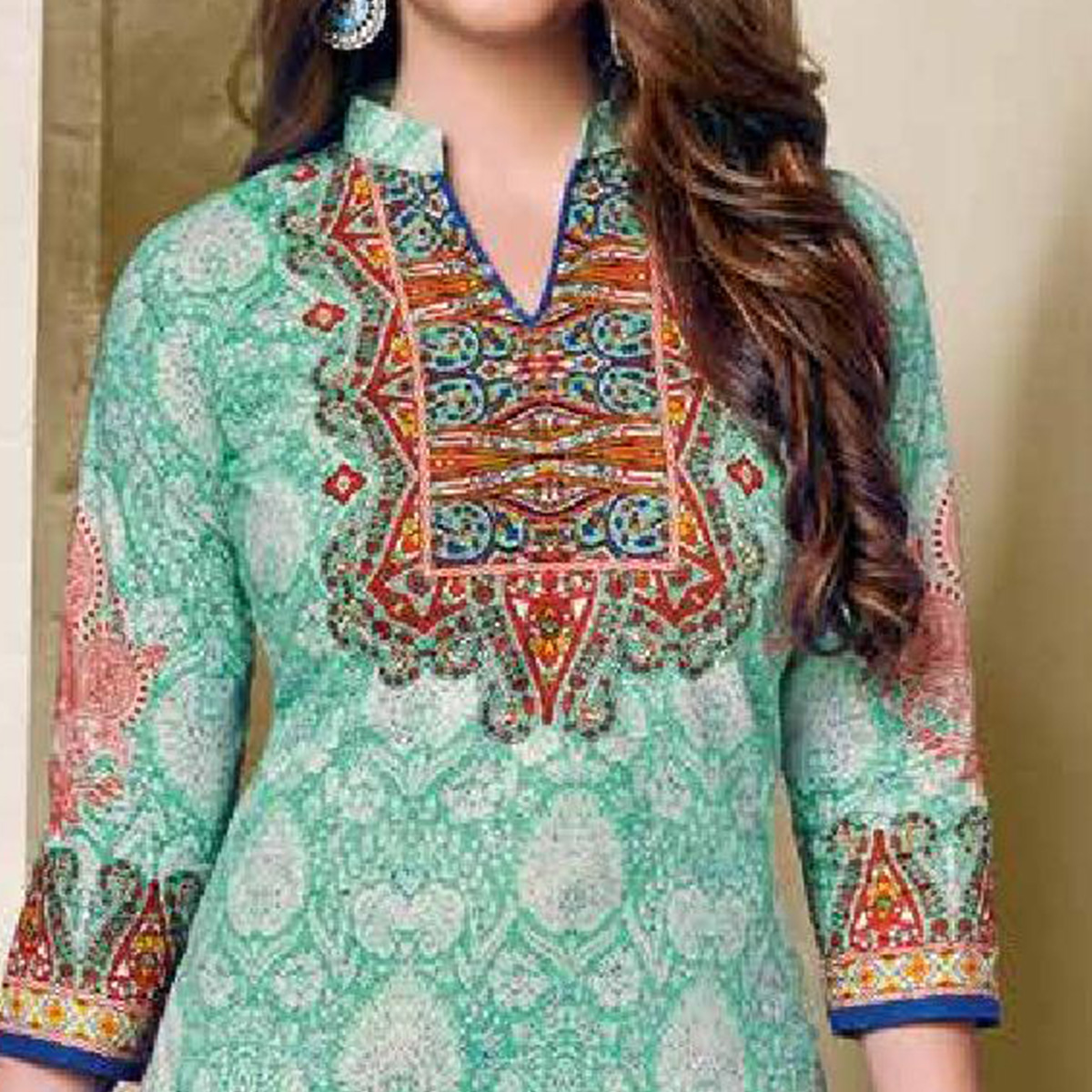 Surpassing Turquoise Green Colored Casual Wear Printed Cotton Dress Material