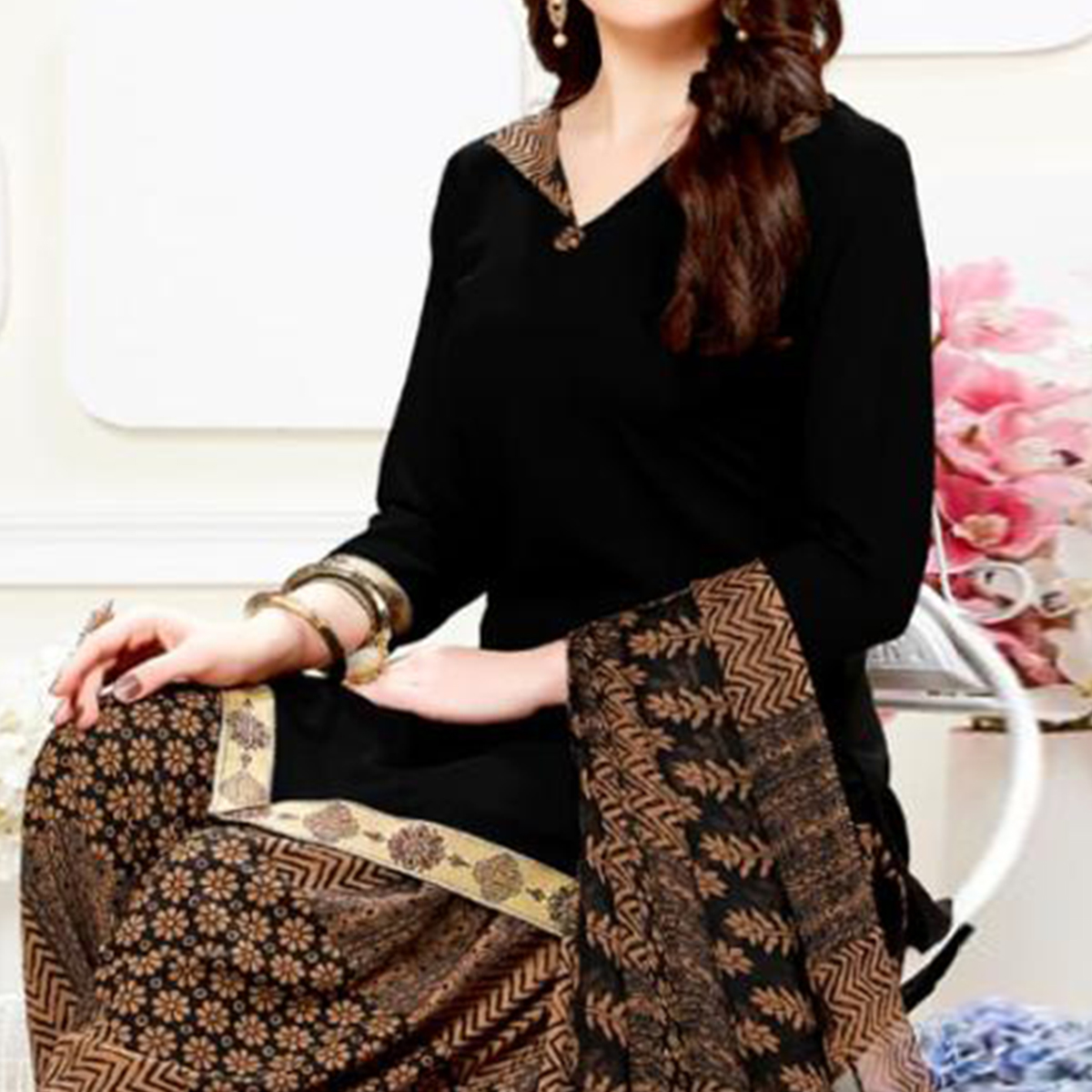 Staring Black Colored Casual Wear Printed Crepe Patiala Suit