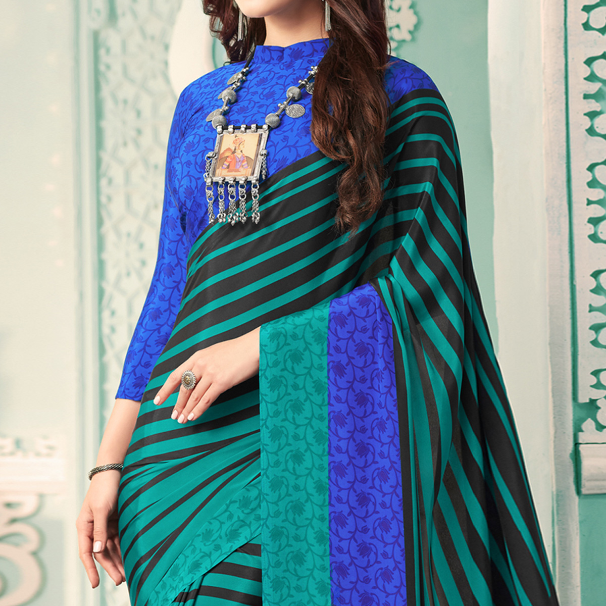 Charming Turquoise Green - Black Colored Casual Printed Crepe Saree