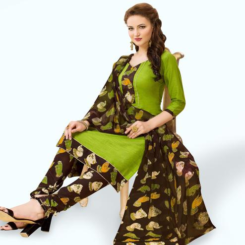 Eye-catching Green Colored Casual Wear Printed Cotton Dress Material