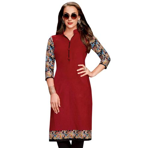 Intricate Maroon Colored Casual Wear Printed Jetpur Cotton Kurti
