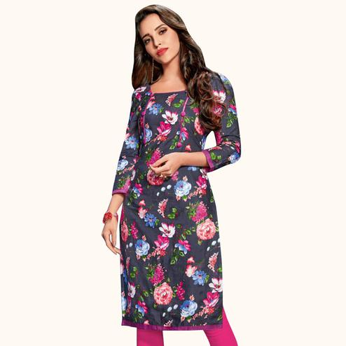 Glowing Dark Grey Colored Casual Wear Printed Jetpur Cotton Kurti