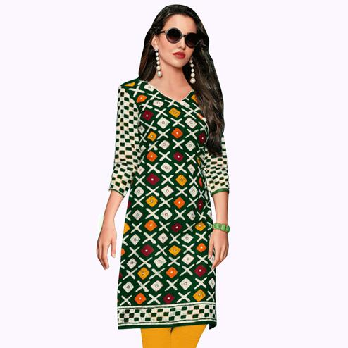 Gleaming Dark Green Colored Casual Wear Printed Jetpur Cotton Kurti