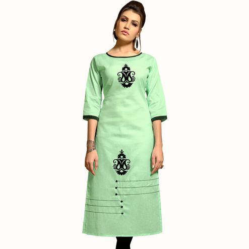 Arresting Pista Green Colored Casual Wear Printed Cotton Kurti