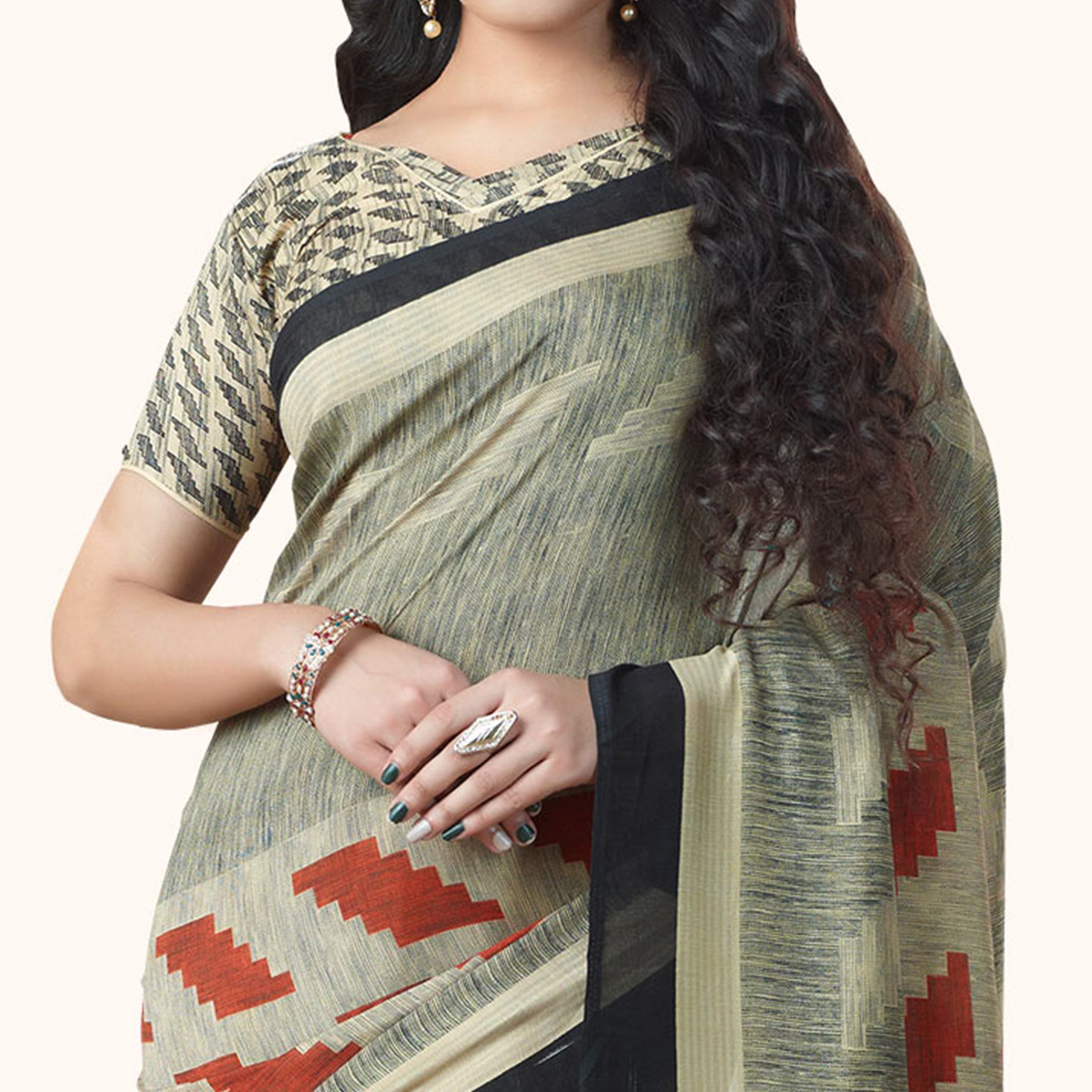 Gorgeous Gray Colored Casual Printed Georgette Saree
