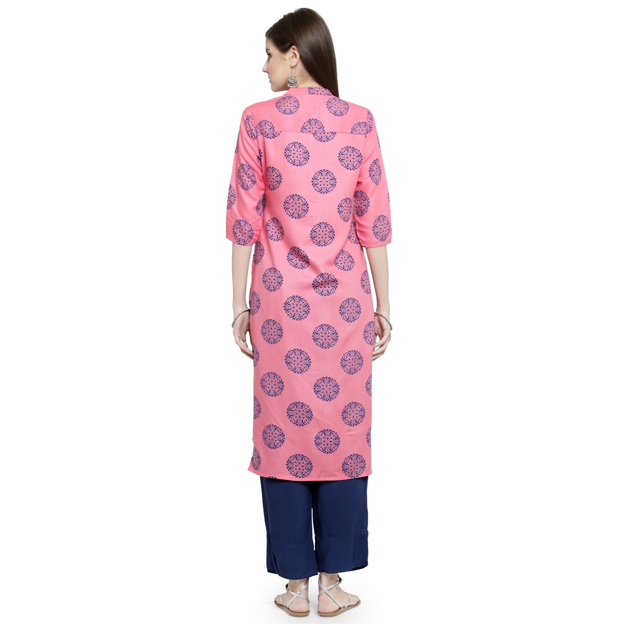 Glowing Pink Colored Casual Wear Printed Rayon Kurti