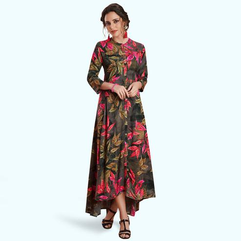 Innovative Black Colored Partywear Printed Rayon Kurti