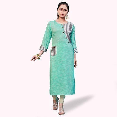 Surpassing Turquoise Colored Casual Wear Printed Khadi-Rayon Kurti
