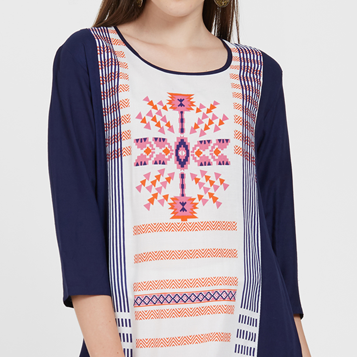 Flattering Navy Blue Colored Casual Wear Printed Rayon Kurti