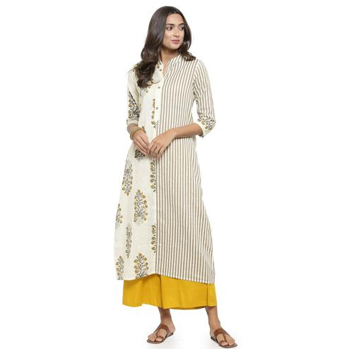 Imposing Off White Colored Casual Printed Cotton Kurti