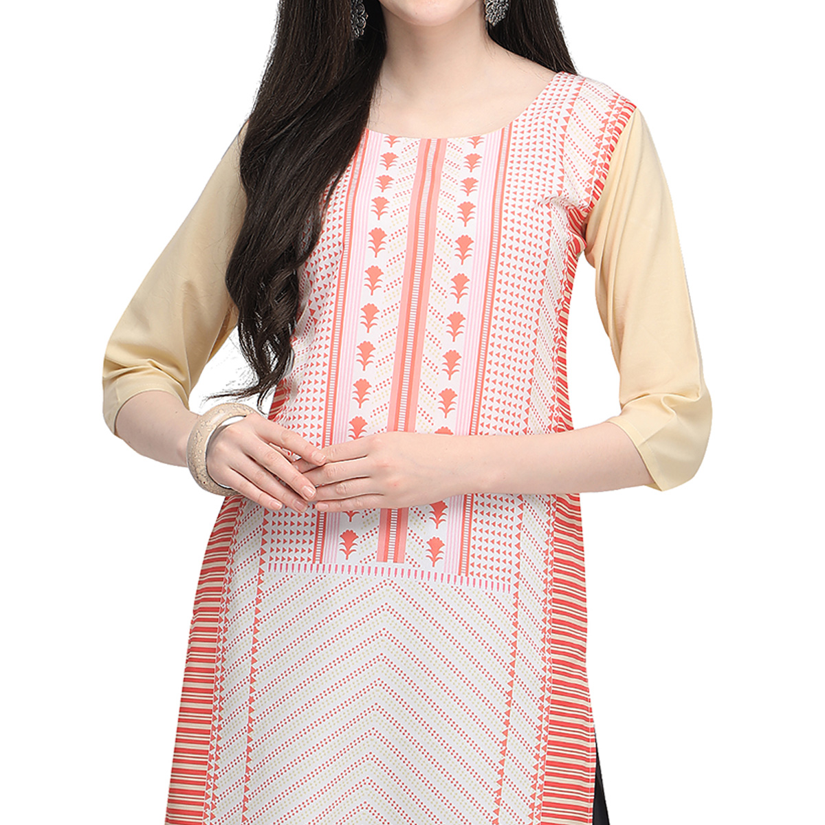 Flattering Off White Colored Casual Wear Printed Crepe Kurti