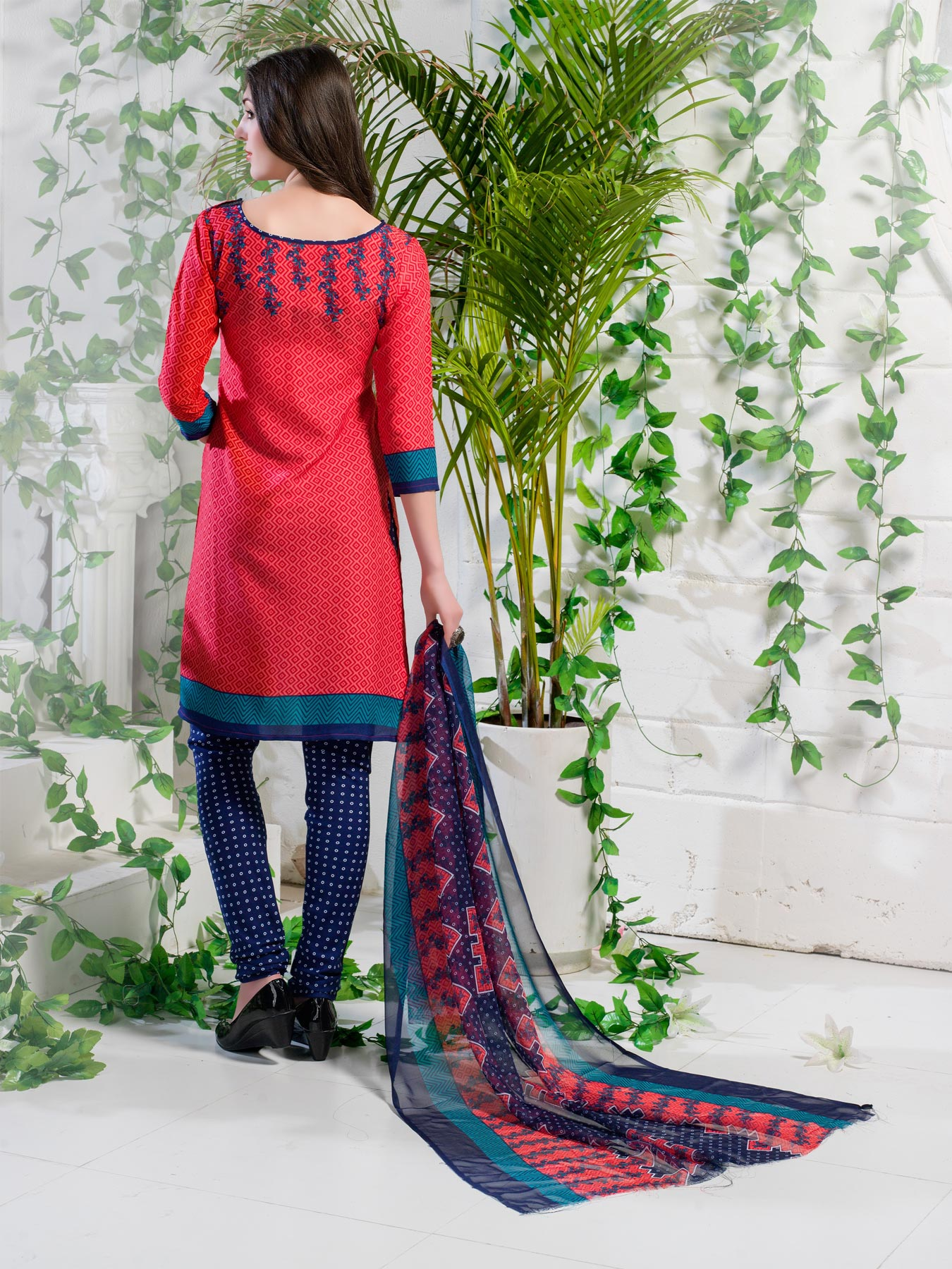 Dazzling Red Printed Cotton Dress Material