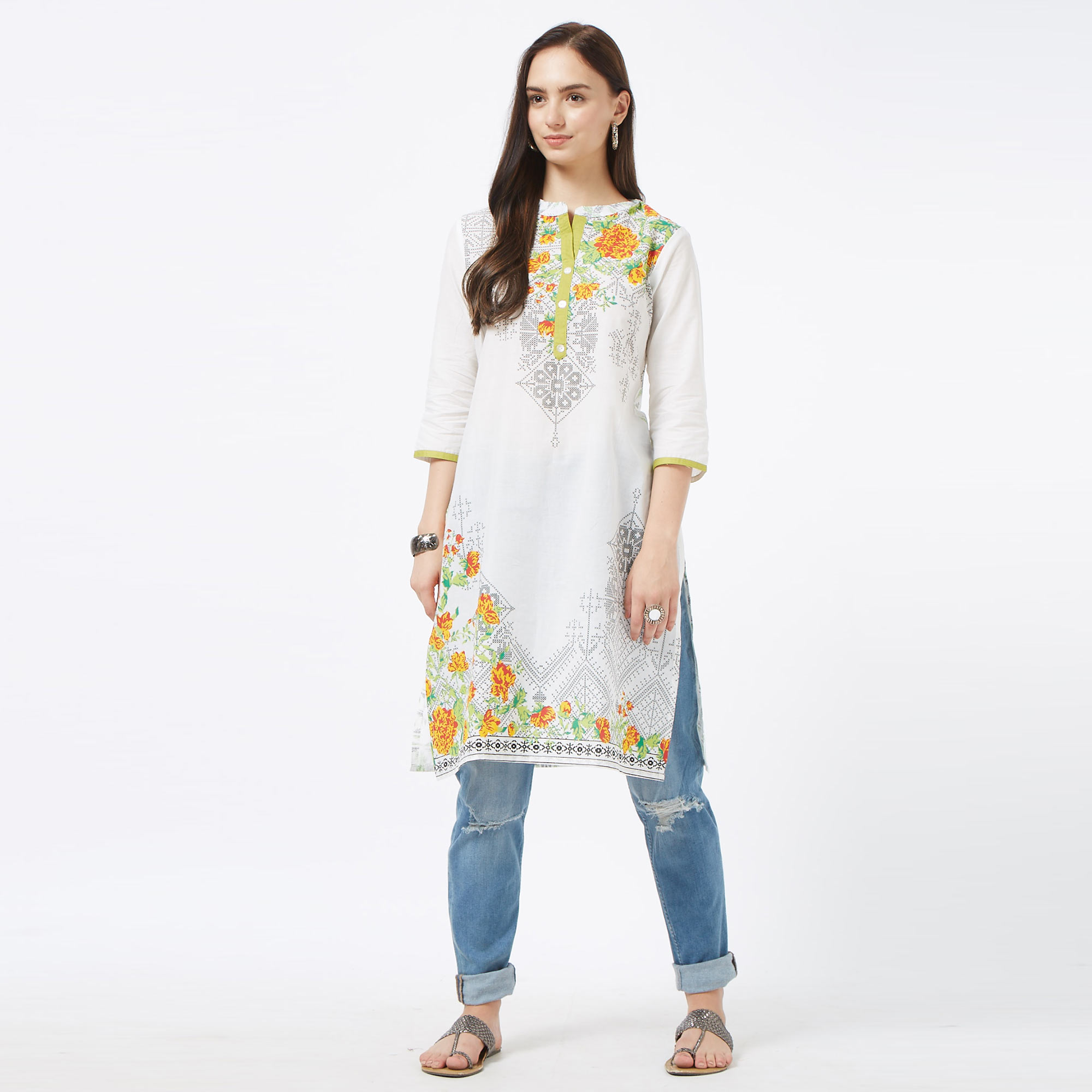Alluring White Colored Casual Printed Cotton Kurti