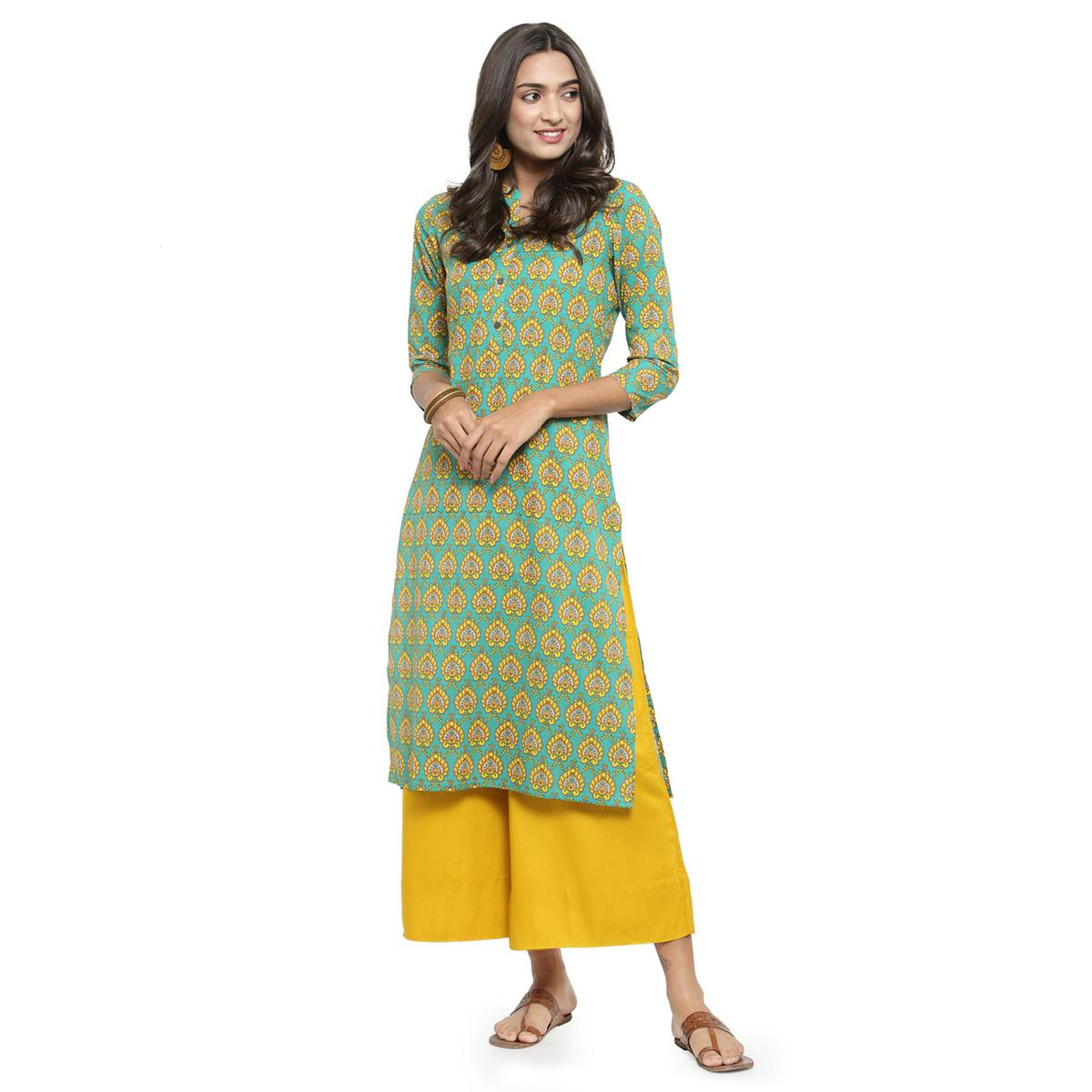 Amazing Green Colored Casual Wear Printed Cotton Kurti