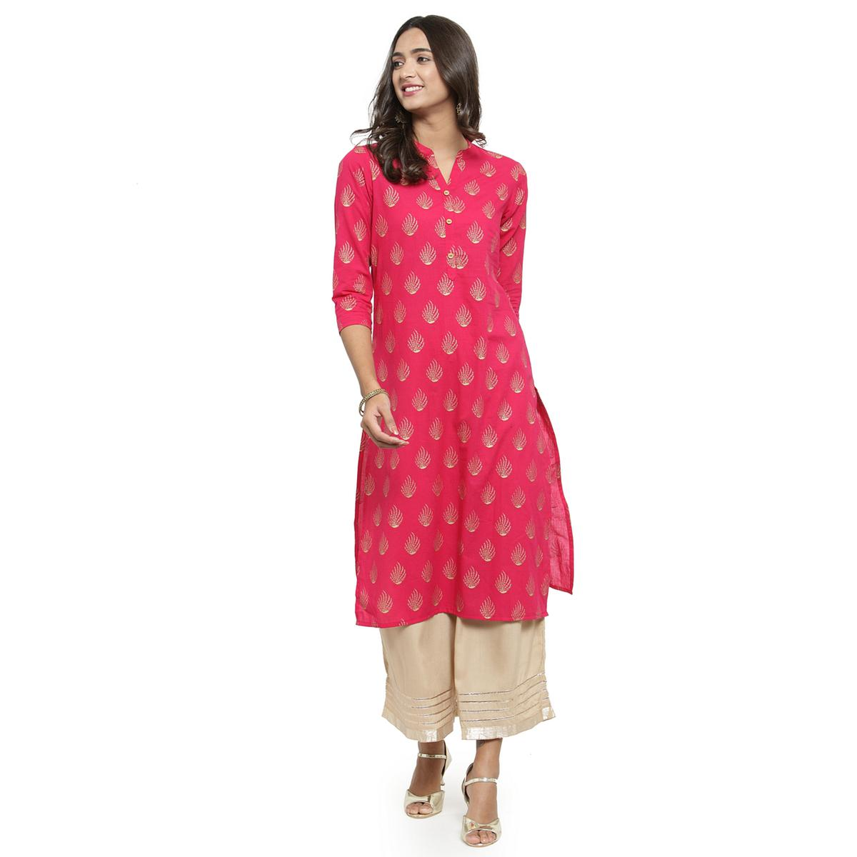 Lovely Pink Colored Casual Wear Printed Cotton Kurti