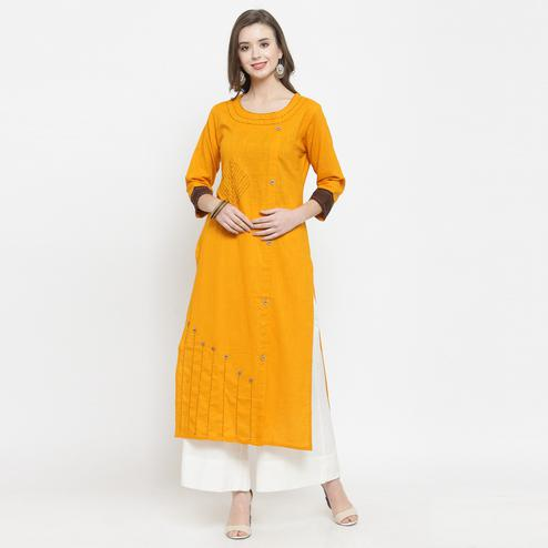 Mesmerising Yellow Colored Casual Wear Printed Rayon Kurti