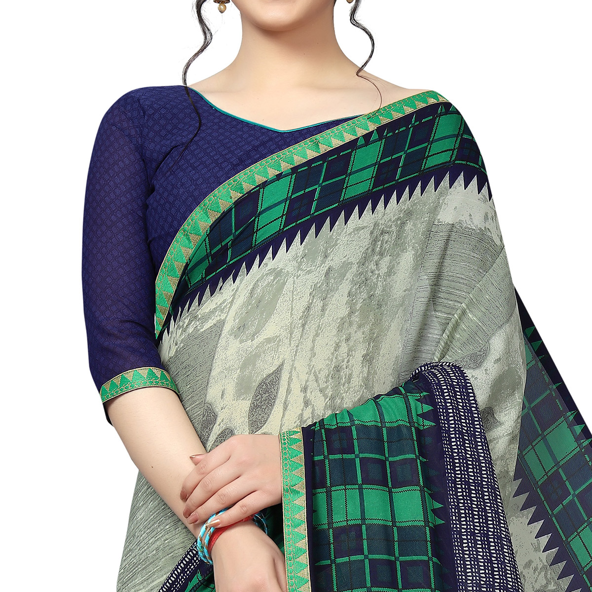Surpassing Gray Colored Casual Wear Printed Georgette Saree