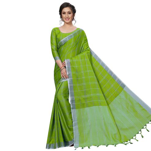 Trendy Green Festive Wear Woven Linen Silk Saree