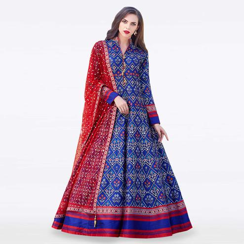 Prominent Royal Blue Colored Partywear Digital Printed Silk Gown