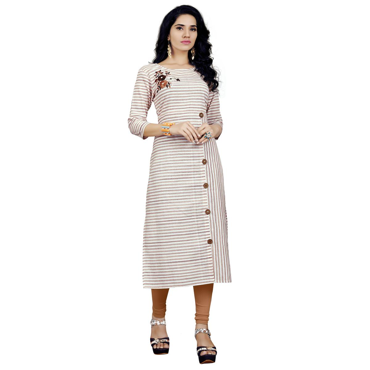 Fantastic Off White Colored Casual Printed Cotton Kurti
