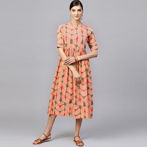 Lovely Peach Colored Casual Printed Cotton Tunic