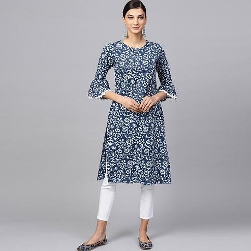 Staring Navy Blue Colored Casual Printed Cotton Kurti