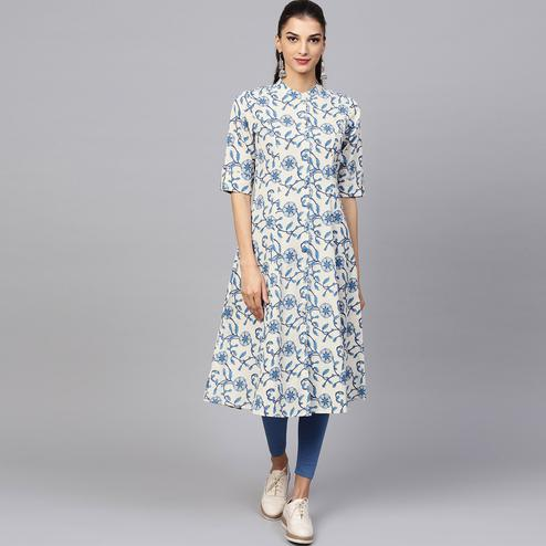 Flattering White-Blue Colored Casual Printed Cotton Kurti