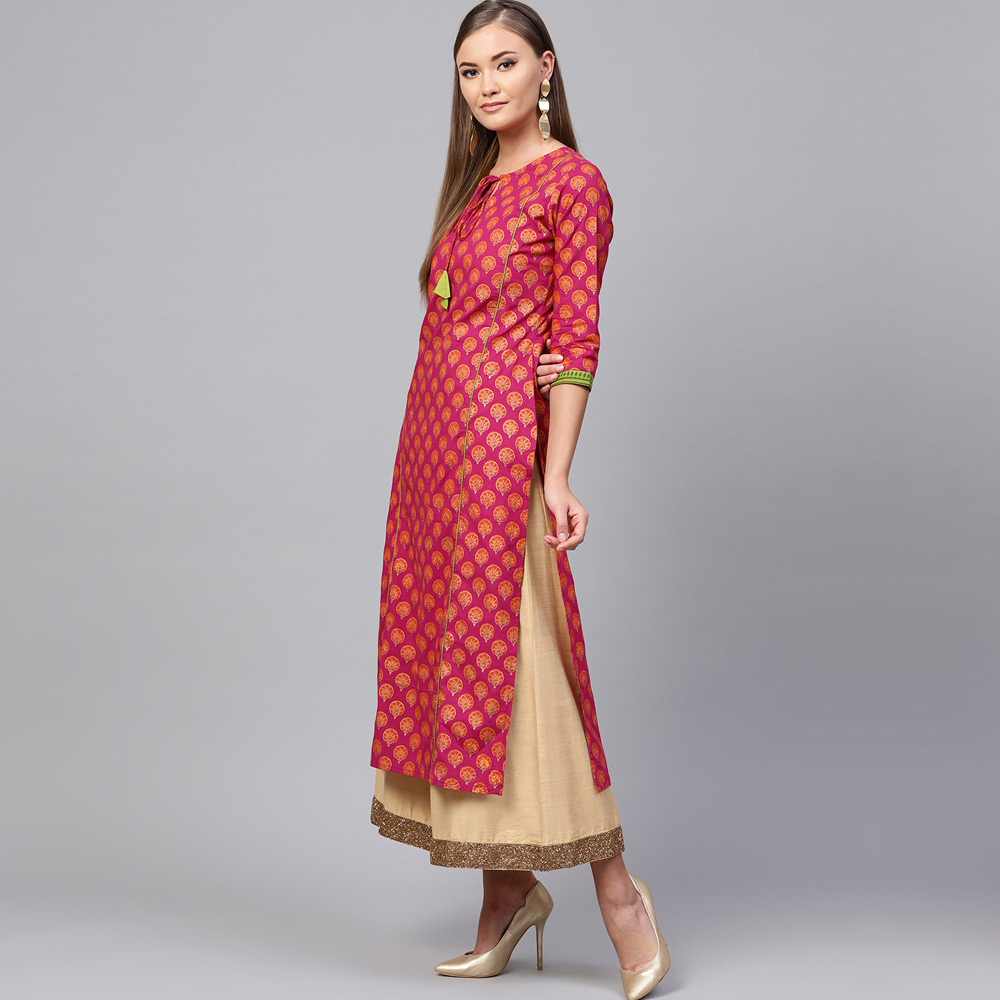 Preferable Pink Colored Casual Printed Cotton Kurti