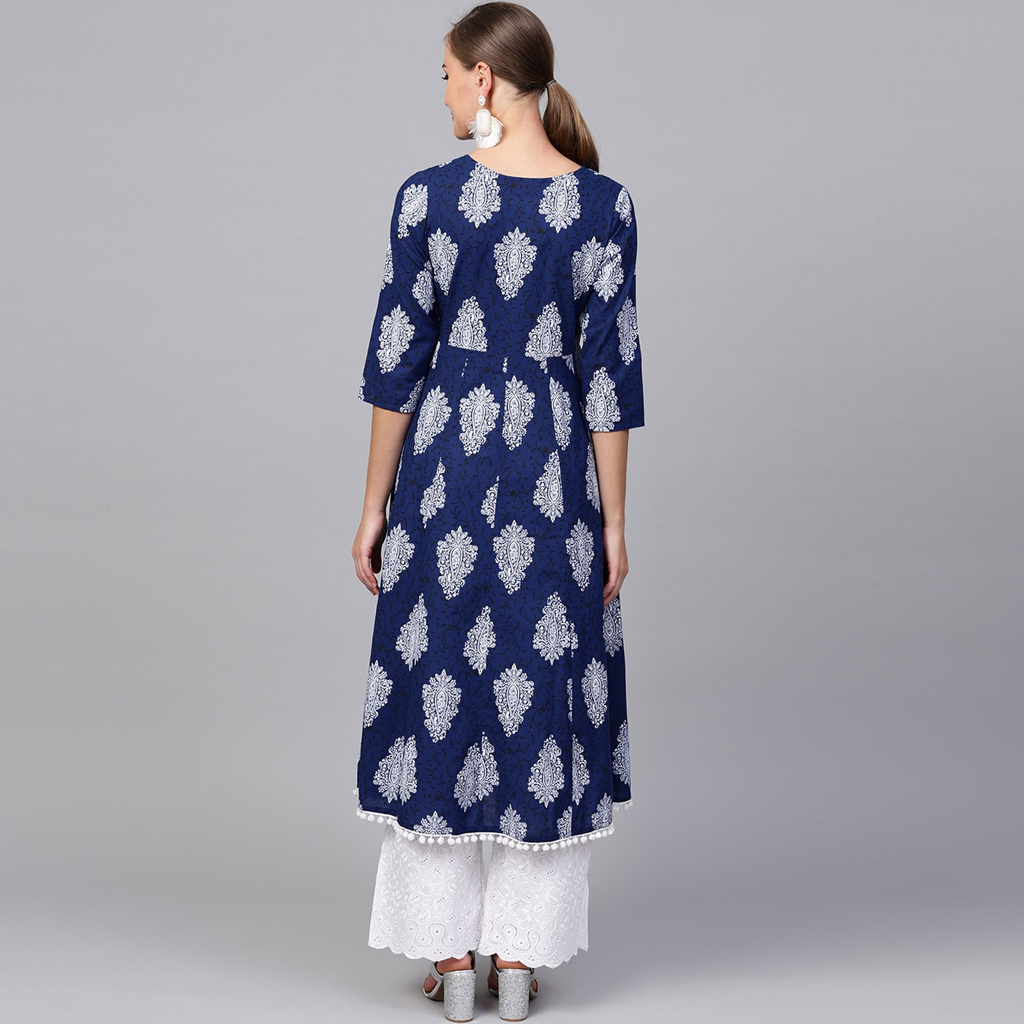 Entrancing Navy Blue Colored Casual Printed Cotton Kurti