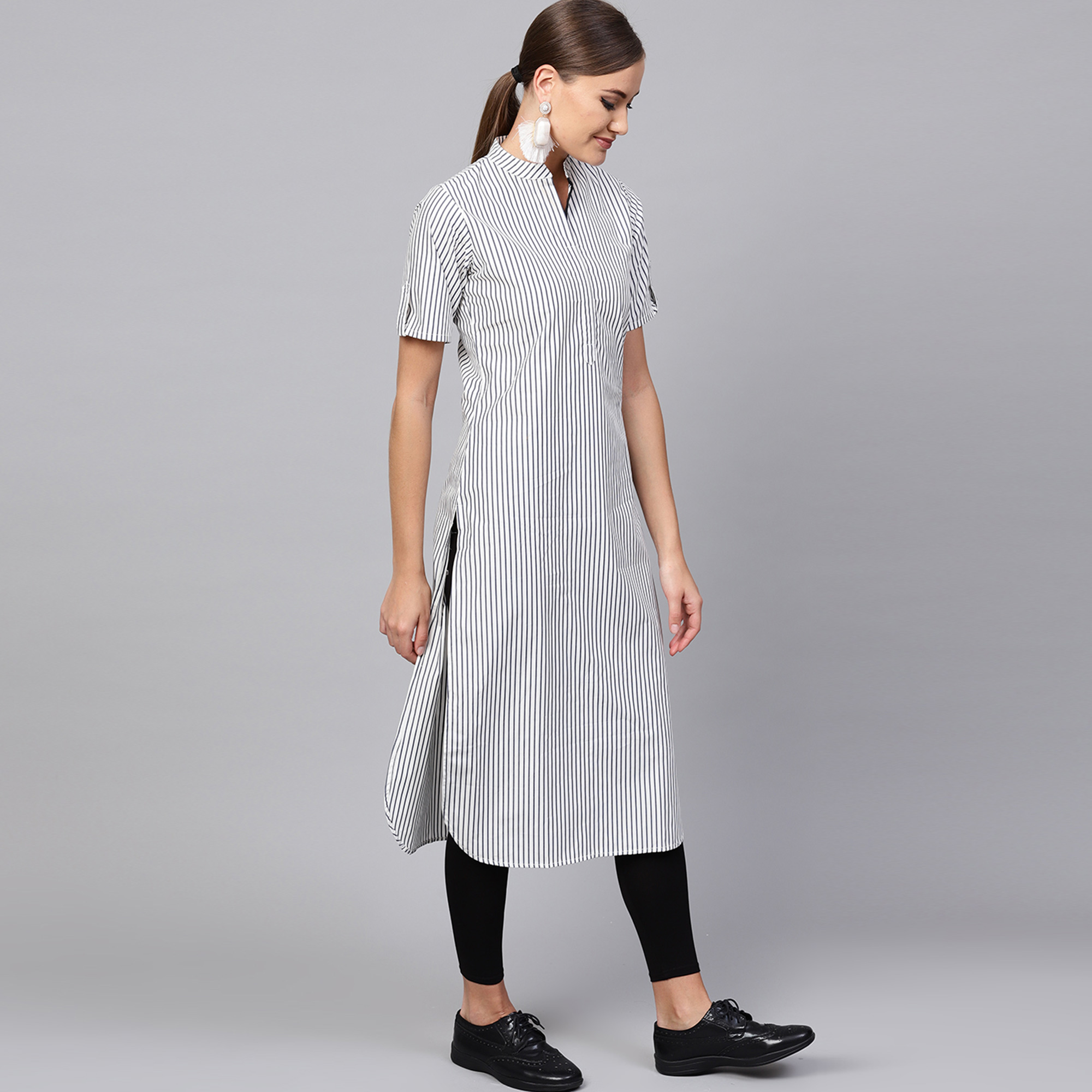 Adorable White-Black Colored Casual Printed Cotton Kurti