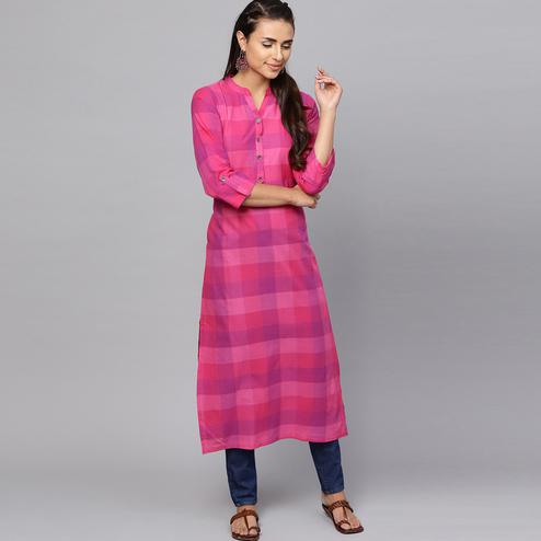 Glowing Pink Colored Casual Wear Cotton Kurti