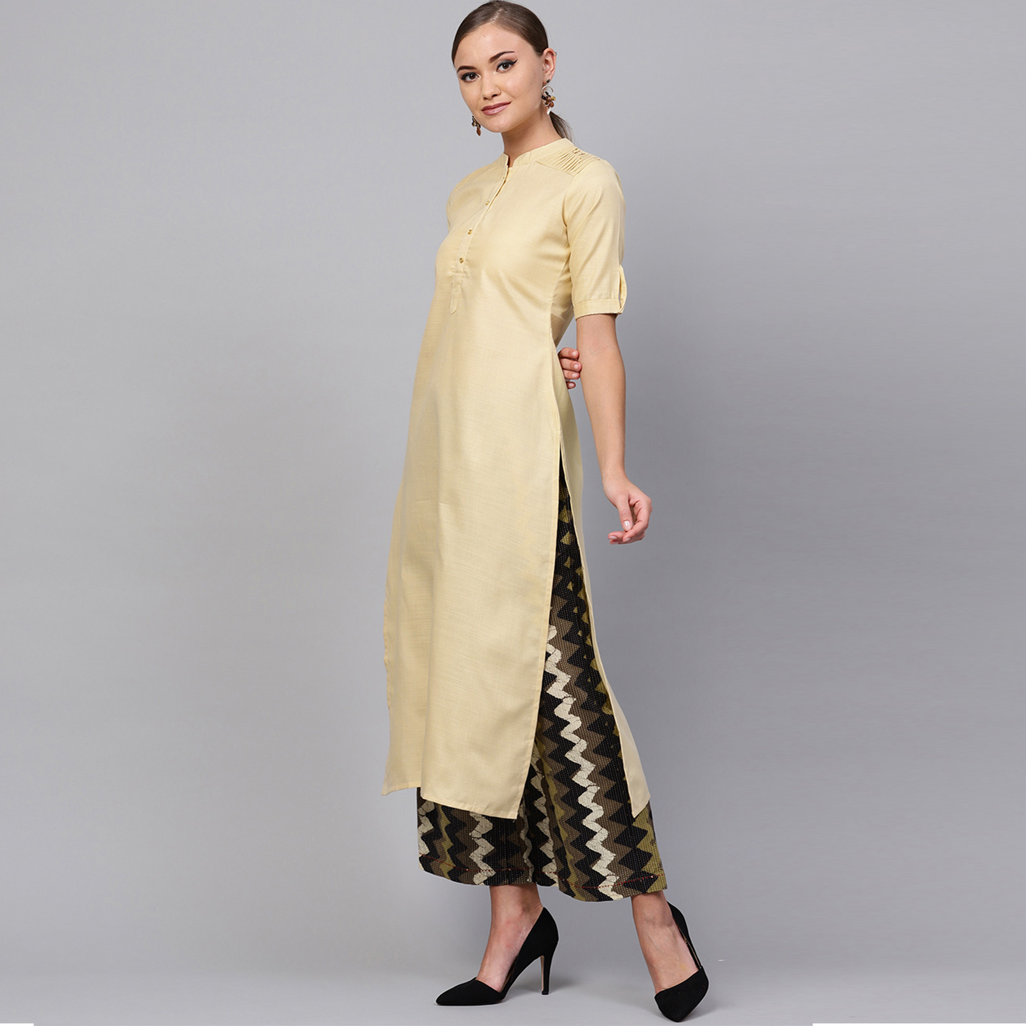 Gleaming Beige Colored Casual Wear Cotton Kurti