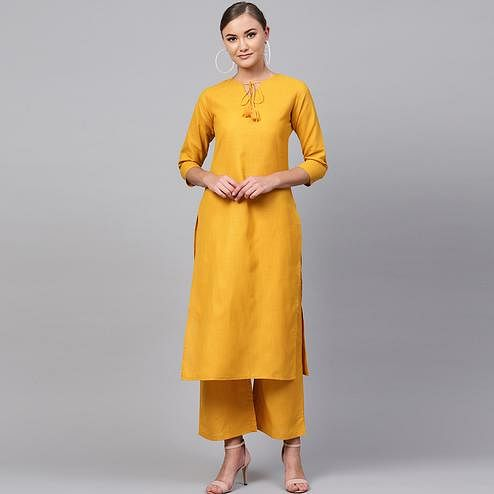 Engrossing Yellow Colored Casual Wear Cotton Kurti