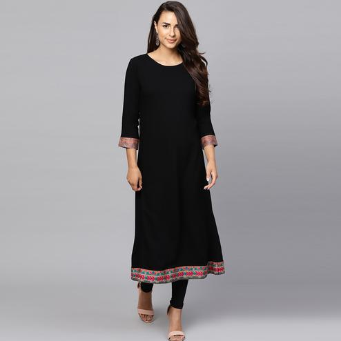 Lovely Black Colored Casual Wear Rayon Kurti