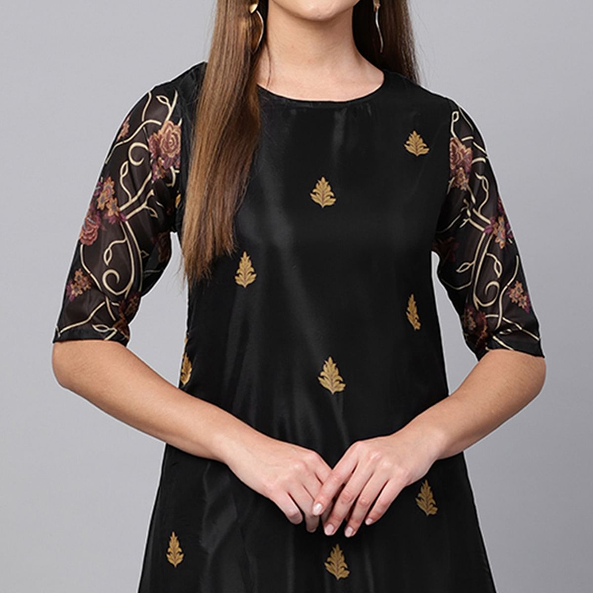 Exceptional Black Colored Partywear Printed Crepe Kurti