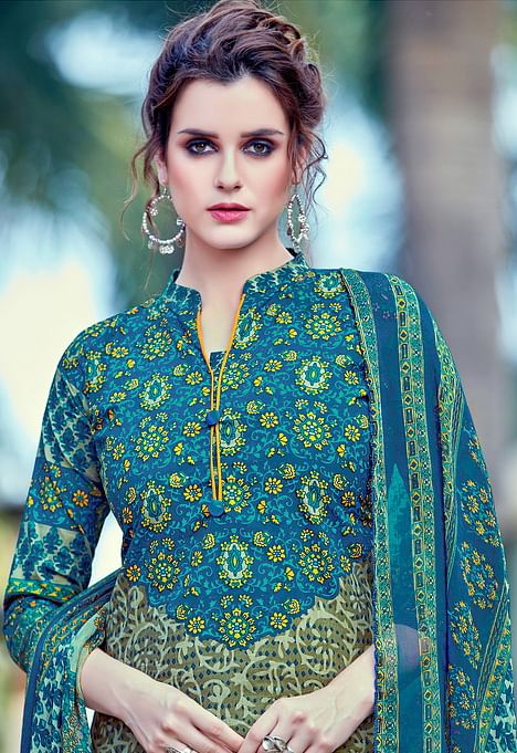 Blue Cambric Cotton Casual Wear Printed Salwar Suit