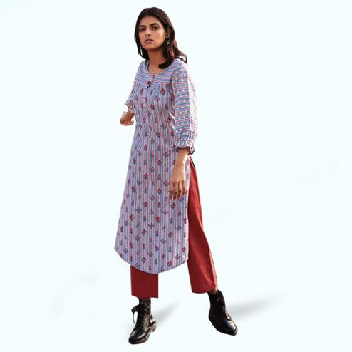 Magnetic Blue-Red Colored Casual Printed Cotton Kurti-Bottom Set