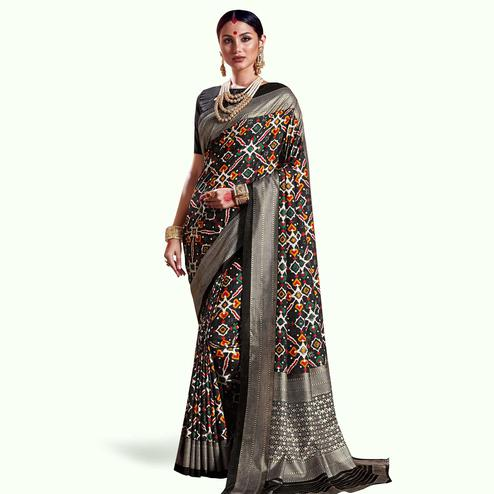 Entrancing Black Colored Festive Wear Printed Kanjivaram Silk Saree