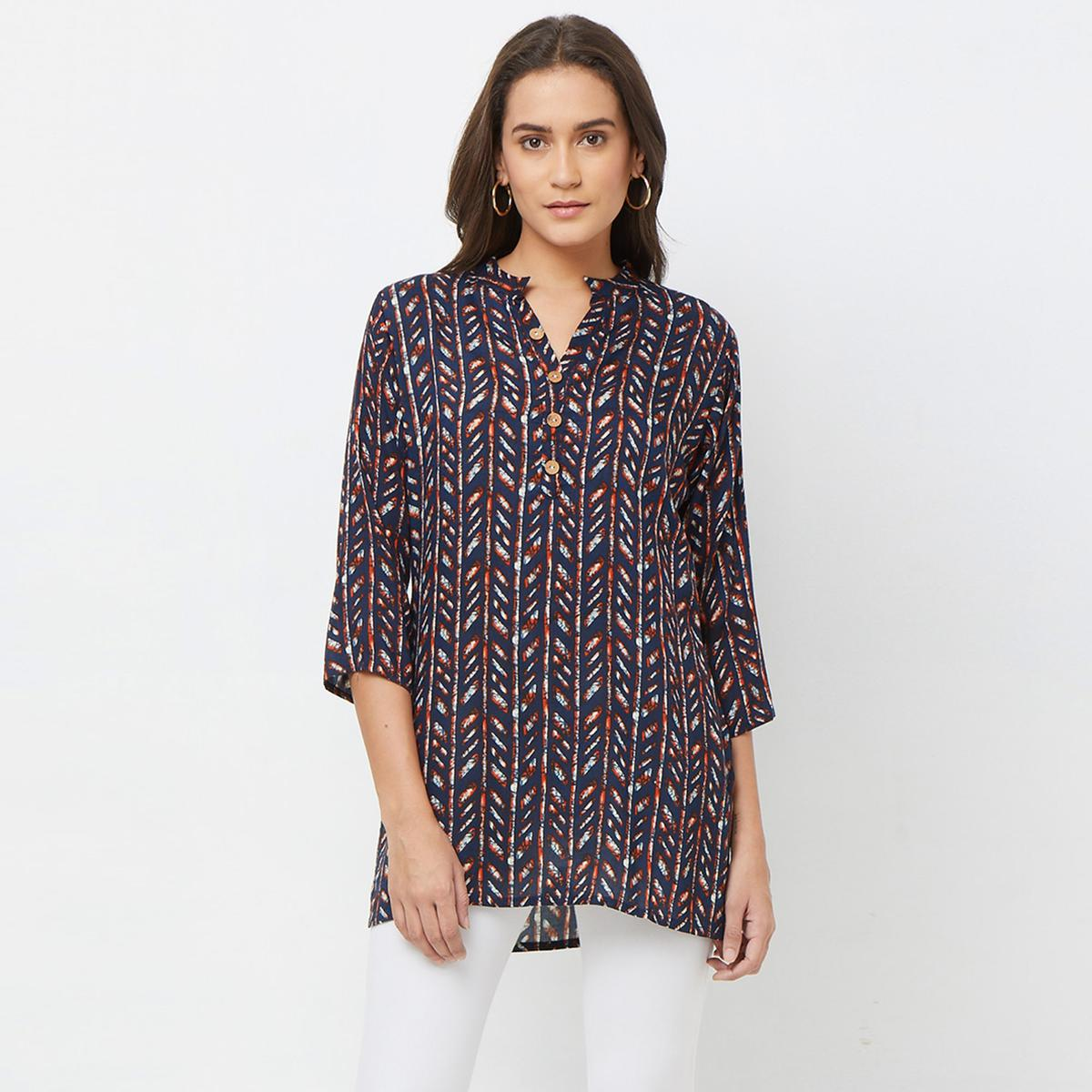 Sophisticated Navy Blue Colored Casual Printed Rayon top