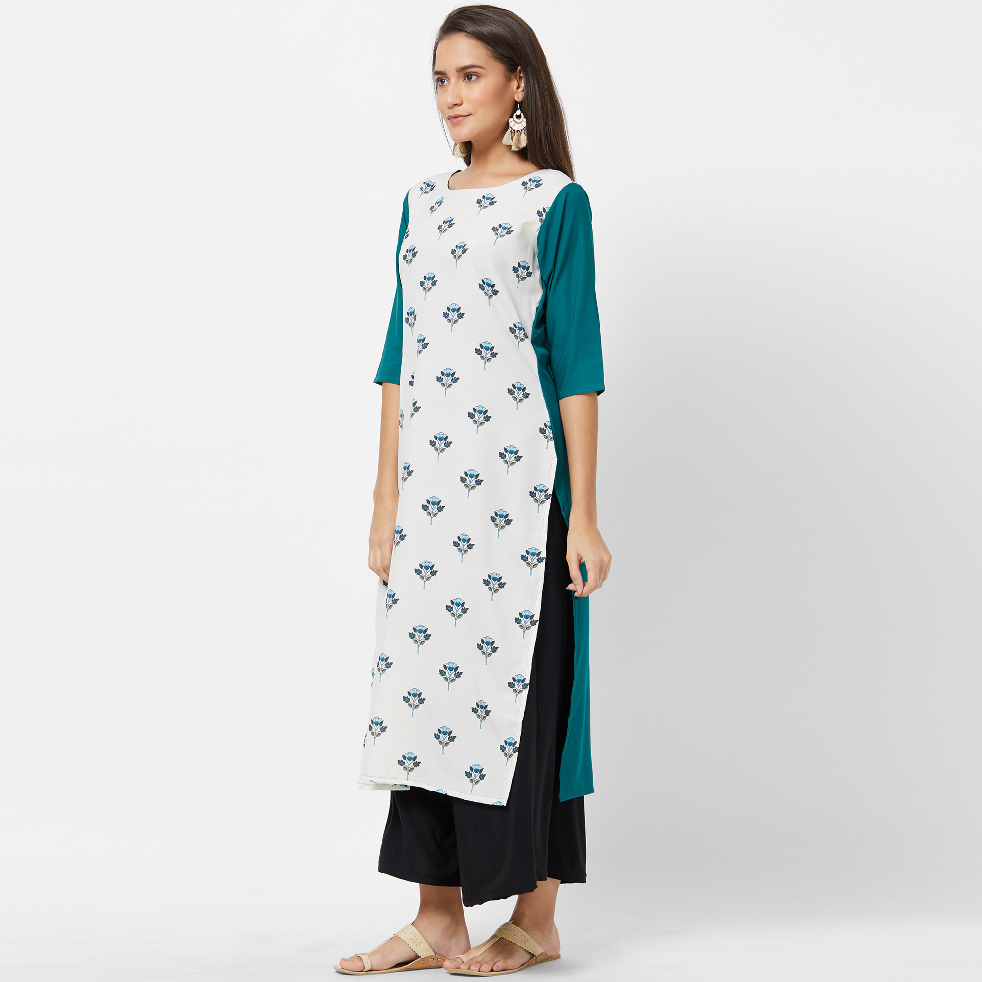 Alluring White Colored Casual Printed Crepe Kurti