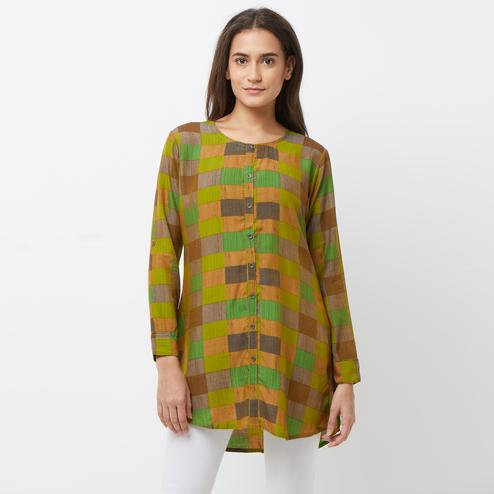 Exceptional Green-Multi Colored Casual Printed Crepe Short Kurti