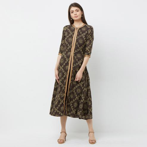 Beautiful Brown Colored Printed Partywear Cotton Kurti