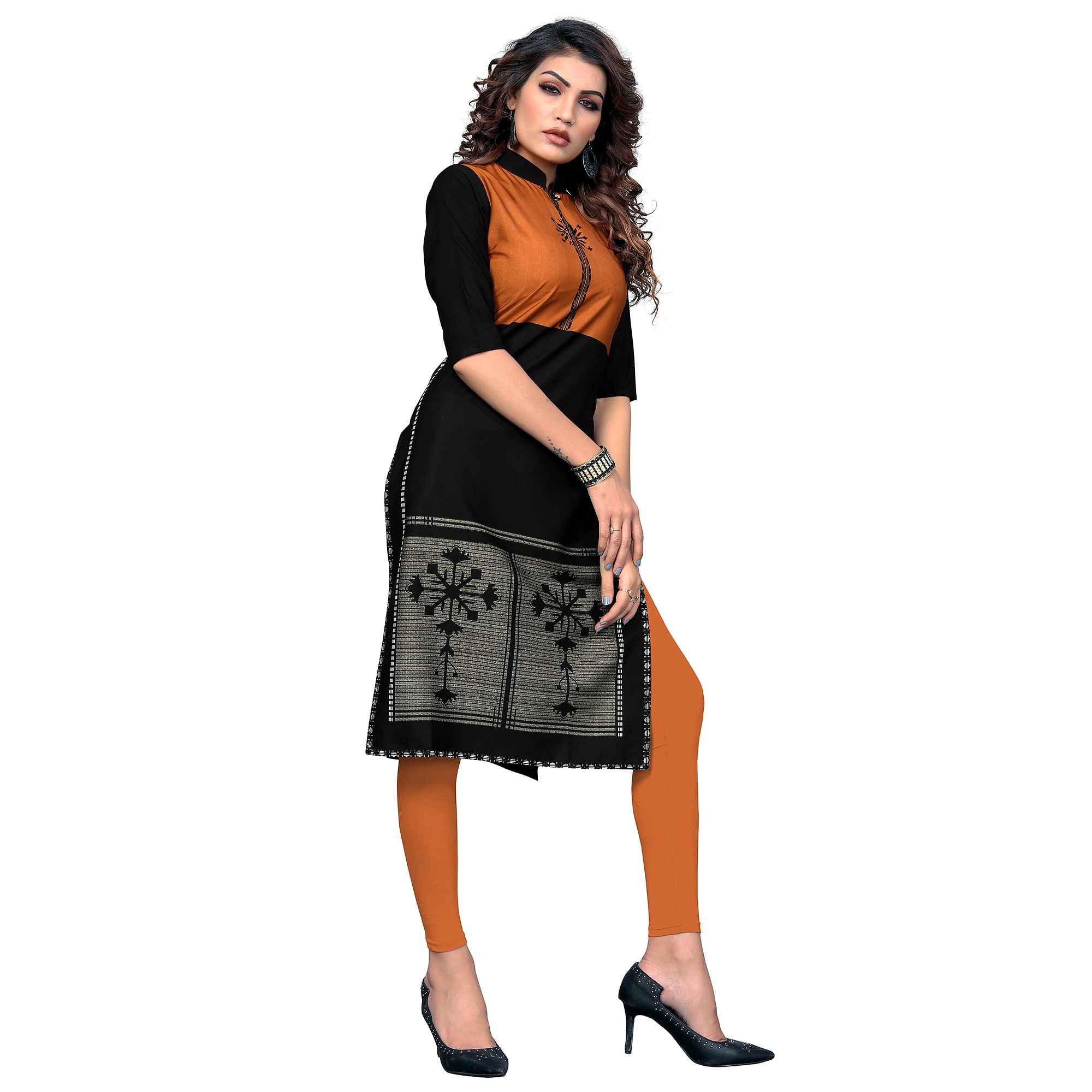 Gleaming Black Colored Casual Digital Printed Crepe Kurti