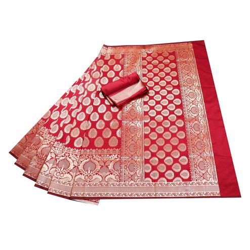Innovative Maroon Colored Festive Wear Woven Banarasi Silk Saree
